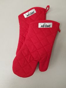 All-Clad Red Oven Mitts / Set of Two